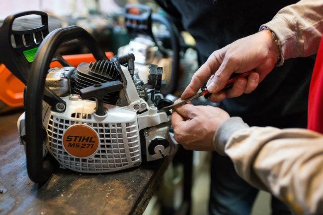 reparatii drujbe, masini de tuns iarba, motocoase iasi